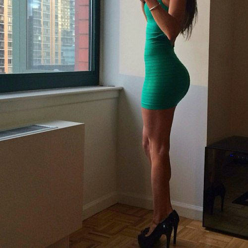 20 Girls That Make Us Jealous Of Their Outfit tight dress girls 101