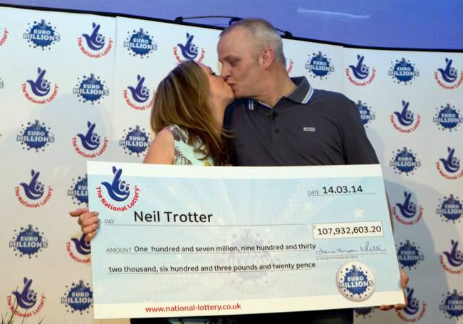 ad 130077008 South London Mechanic Bags £108M EuroMillions Jackpot