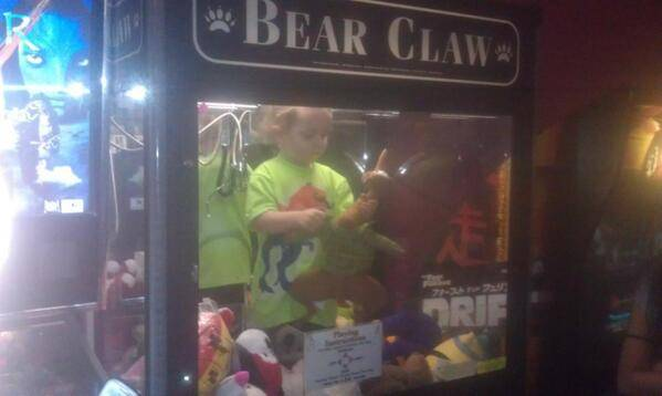 ad 132517320 Toddler Runs Away From Home And Is Found In Claw Machine