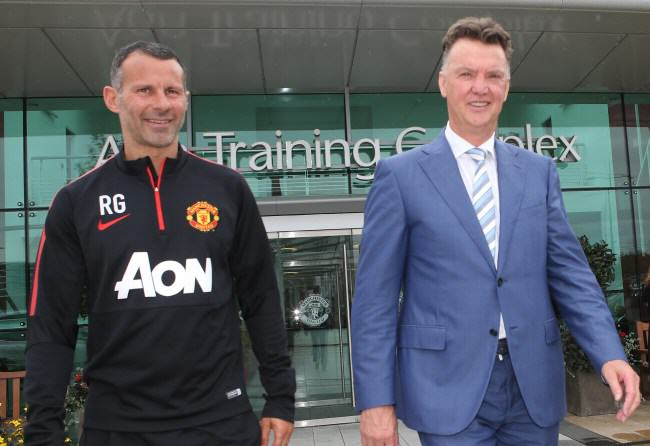 ad140727207manchester engla e1405581802713 Van Gaal Puts 10 Man Utd Players Up For Sale On First Day At Job