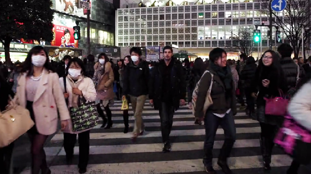 reverse thumb Guy Films Himself Walking Backwards Through Tokyo, Then Reverses It