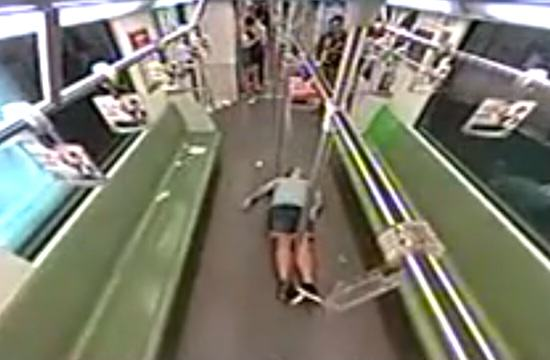 White Man Faints On Shanghai Train, Chinese People Run Away btfb1