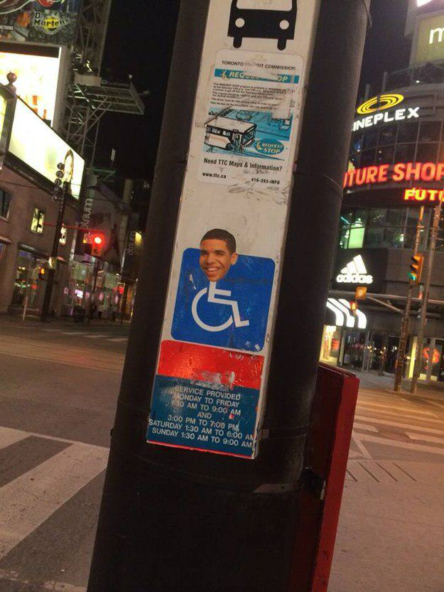 draking 7 Putting Drakes Face On Handicap Signs Is Now Called Draking