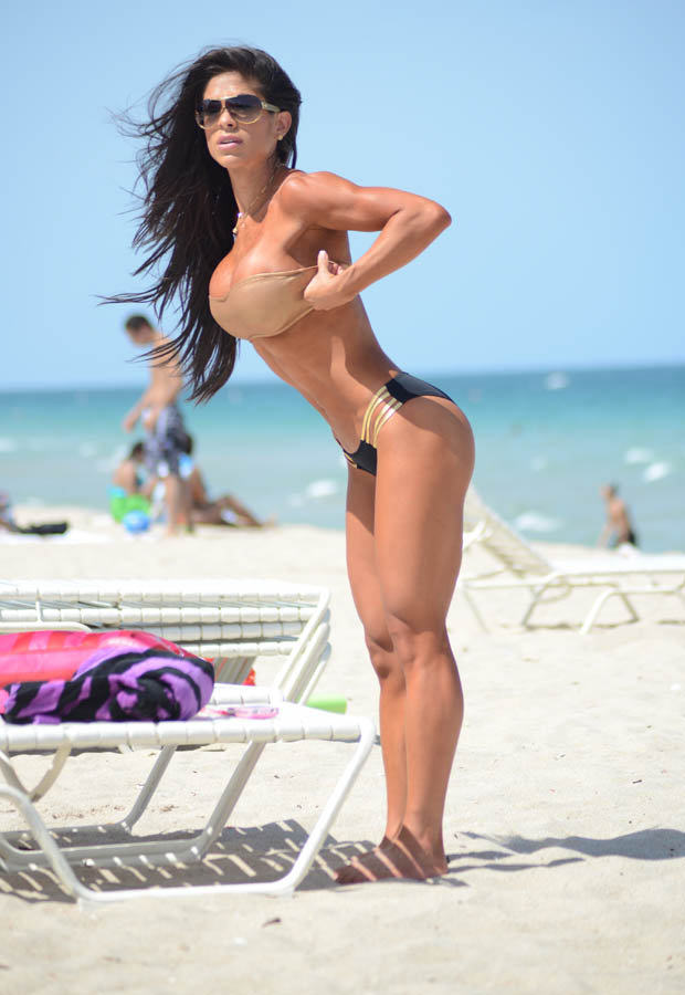 la3 Michelle Lewin Might Just Have The Best Body Of 2014