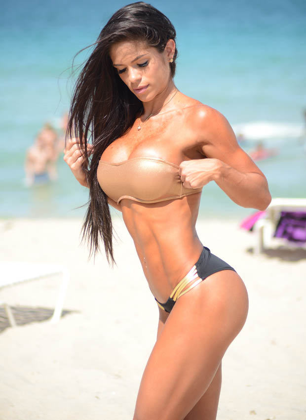 lar Michelle Lewin Might Just Have The Best Body Of 2014
