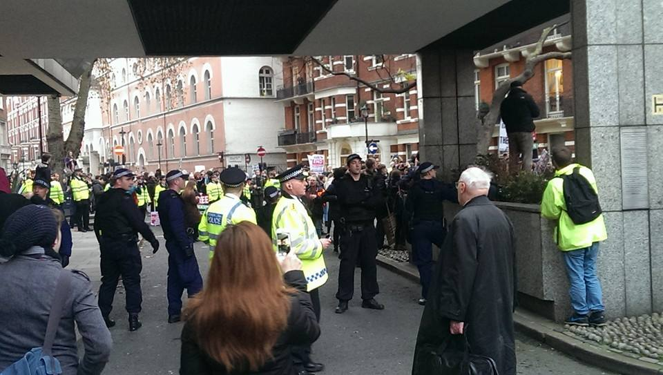 10462854 10205287522896286 2984023447397430130 n We Spoke To A Student Activist Who Was At The London Protests Yesterday