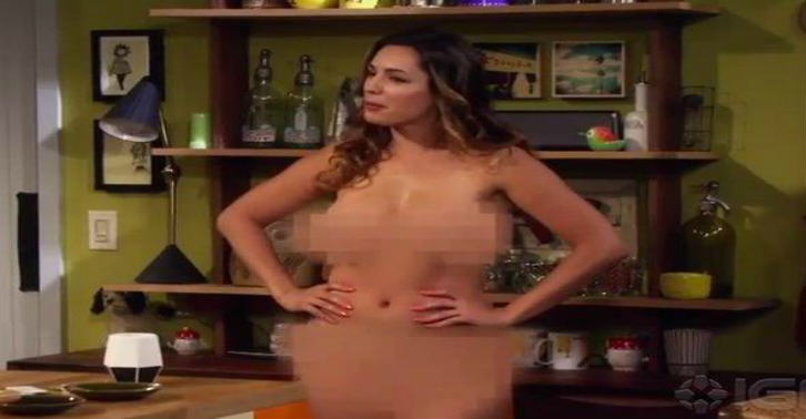 Kelly Brook Gets Completely Naked In Trailer For New Show 10930183 10203590434991832 8111474650311066071 n