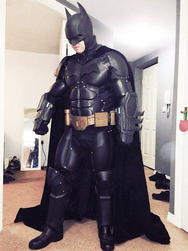 Man Makes His Own Epic Batman Suit With 3D Printer Print BM 2