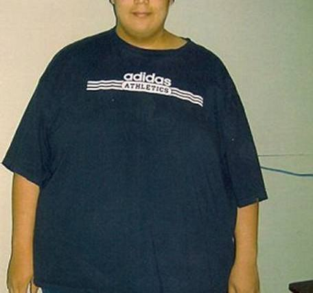 MATT1 456x426 Man Loses 270lbs, Makes Video Showing Off Excess Skin Left Over