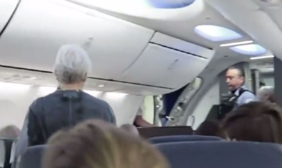 Woman Stabbed Man On A Plane Because He Was Snoring plane
