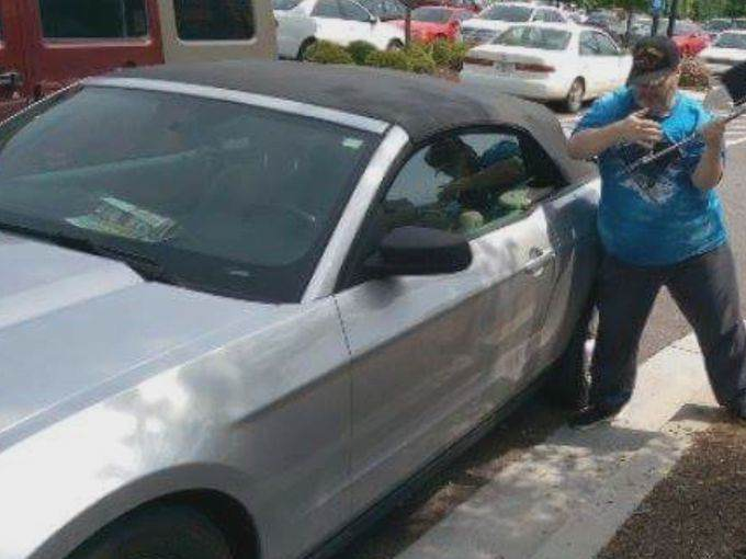 38 Man Arrested After Breaking Into Hot Car To Save A Dog
