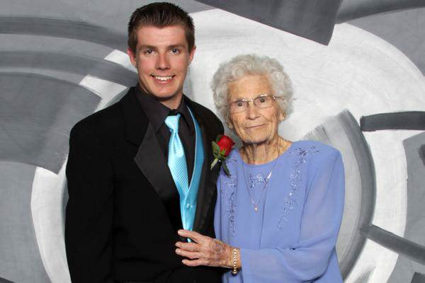 93 Indiana Teenager Takes His 93 Year Old Great Granny To Prom