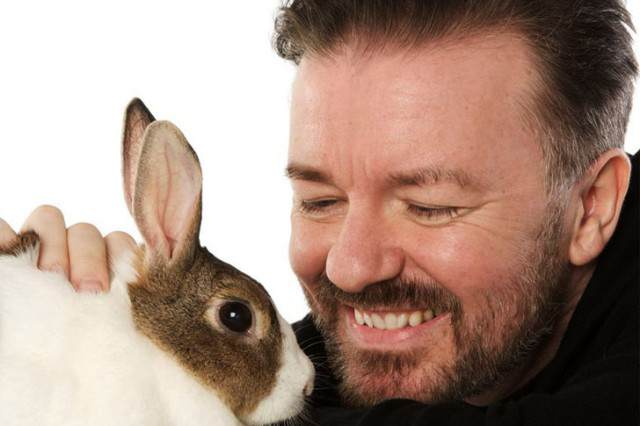 Gervais animals 640x426 Ricky Gervais Reminds UK Of David Camerons Promise To Repeal Fox Hunting Ban