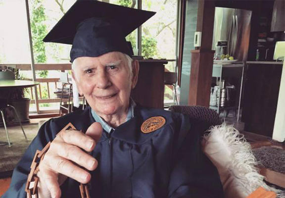 brutto WEB 94 Year Old War Veteran Finally Graduates After 76 Years Of Setbacks