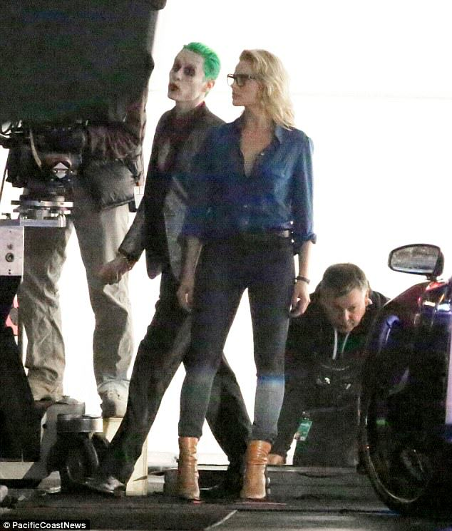 leto joker 16 The Joker Looks Crazy As F*ck In These Suicide Squad Set Photos