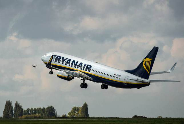 loo1 Ryanair Forgets To Stock Loo Roll, Flight Takes Off Without It