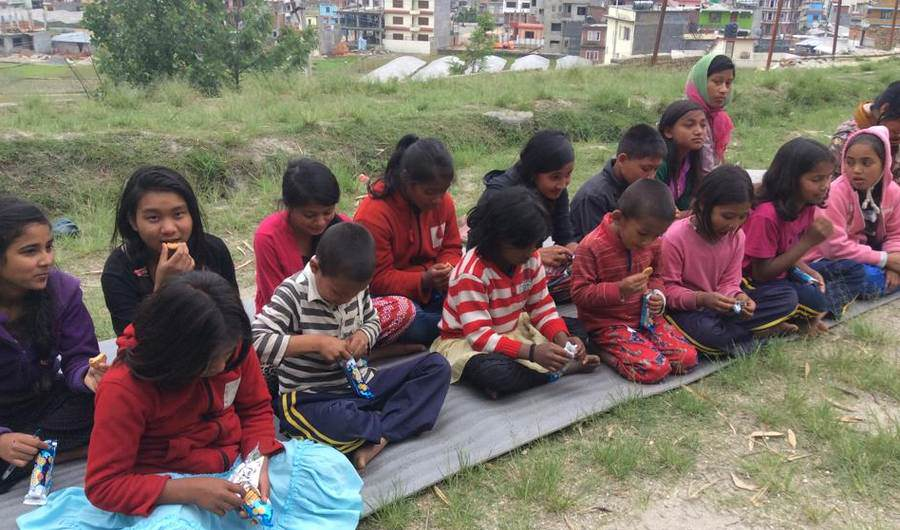 sds 19 Year Old Saves 55 Orphans During The Devastating Earthquake In Nepal