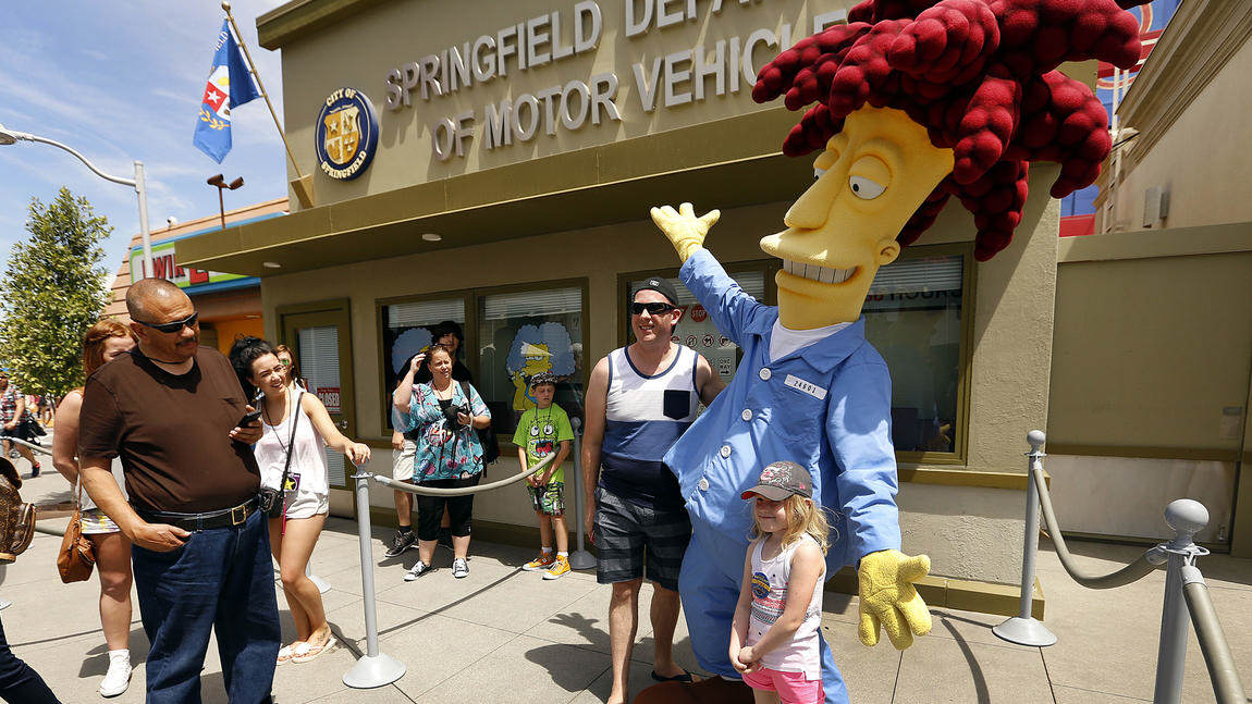 sideshow bob Springfield Comes To Life As Universal Studios Opens The Home Of The Simpsons