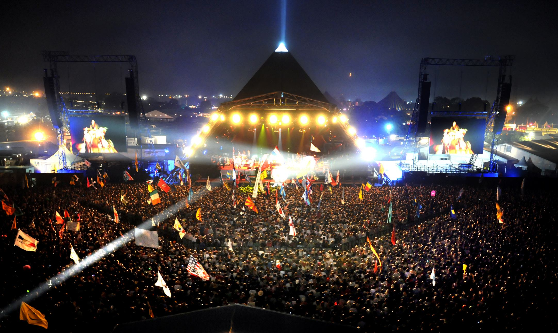 1139 Plonker Accidentally Eats Glastonbury Tickets As Prank Goes Wrong