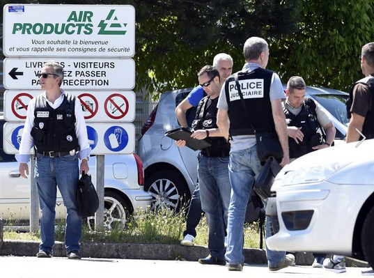 Beheading And Explosion Reported At Factory In France Screen Shot 2015 06 26 at 11.33.25