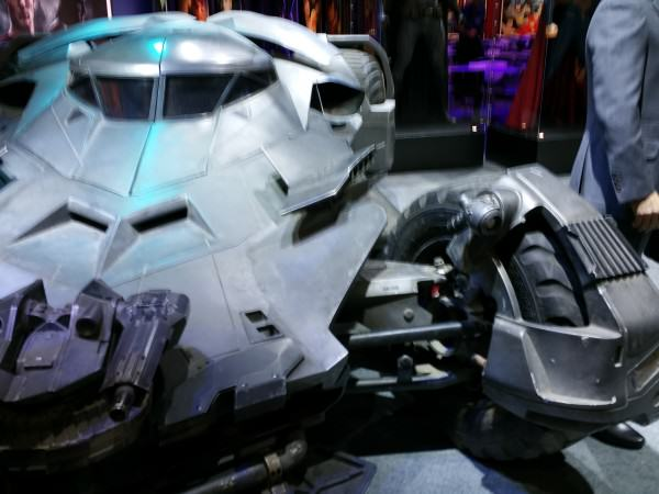 A Closer Look At The All New Batmobile From Batman Vs Superman batmobile 4