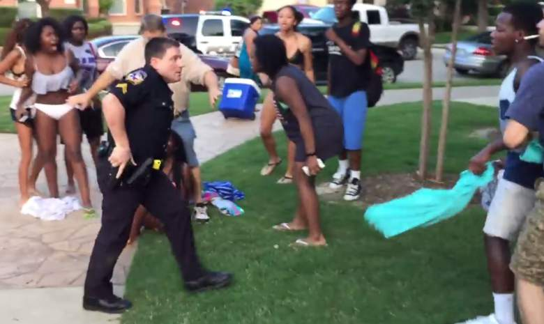 Texas Police Officer Points Gun At Unarmed Black Teens, Is Caught On Camera ec4