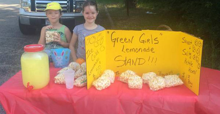 lemons fb Texas Police Shut Down Girls Lemonade Stand, They Were Trying To Make Money For Fathers Day