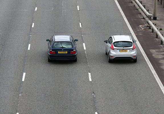 mlh web Driver Becomes First Person To Be Fined For Being A Middle Lane Hogger