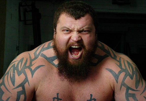 eddie hall WEB Worlds Strongest Man Contender Eddie The Beast Hall Sets New Deadlift World Record