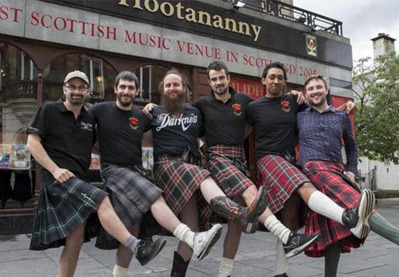 kilt WEB Barmen Forced To Stop Wearing Kilts Because Women Wont Stop Groping Them
