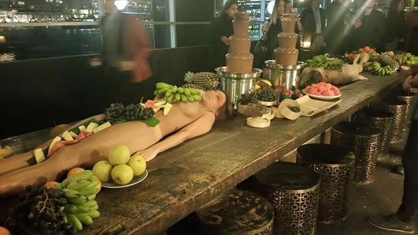 UNILAD CNVR9HqUYAAJ Z42 Naked Women Hired As Fruit Platters Cause Outrage For Sydney Cruise Bar