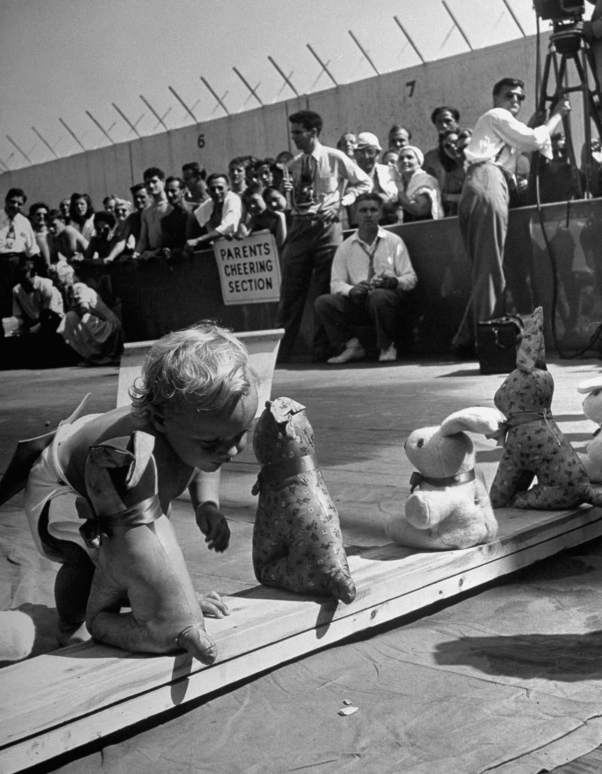 UNILAD CORNELL CAPATHE LIFE PICTURE COLLECTIONGETTY IMAGES 48 Baby Racing Used To Be A Real Life Actual Sport, And It Was Amazing