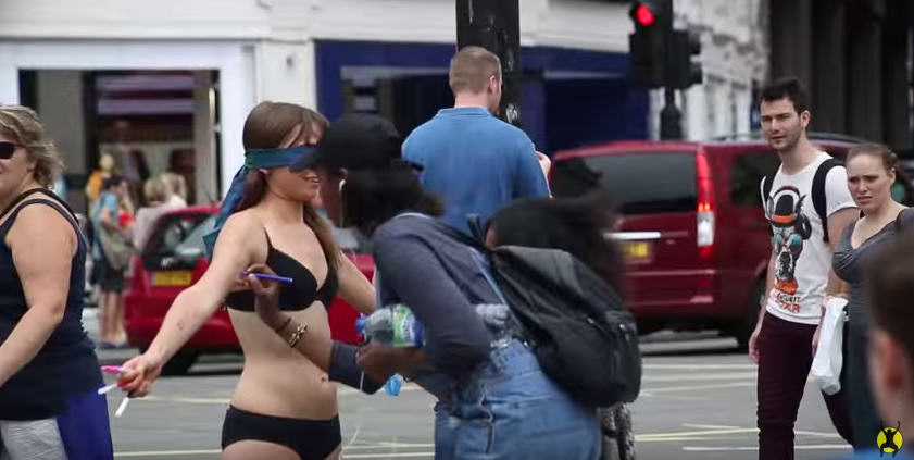 UNILAD Screen Shot 2015 08 17 at 11.21.146 This Woman Stripped Down To Her Underwear In Central London To Send A Powerful Message