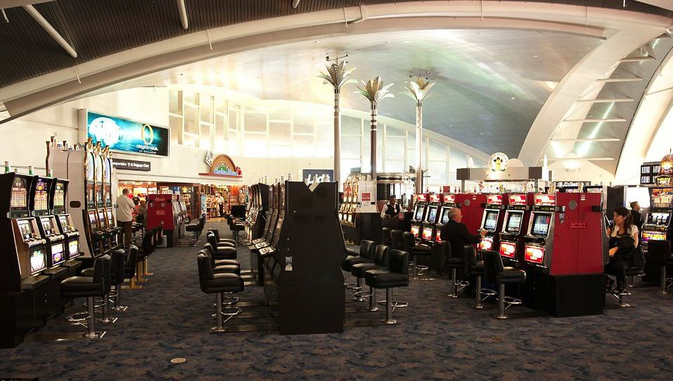 UNILAD Vegas Alamy 28 Some Of The Best Airports In The World You Wouldnt Mind Being Delayed In
