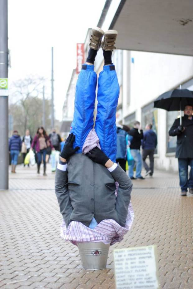 UNILAD ad 1782418997 Street Entertainer Who Stood On His Head In A Bucket Dies Aged 23