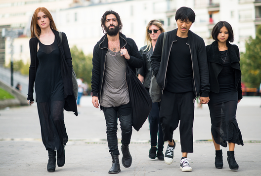 UNILAD black clothes 18 Wearing Black Makes You Appear More Attractive, Intelligent And Confident