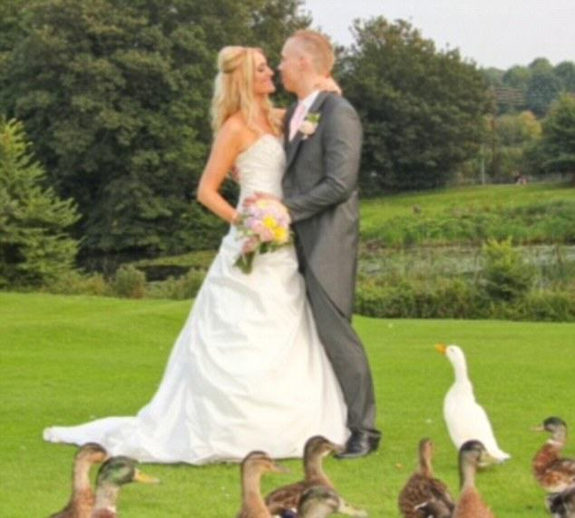 UNILAD bodybuilding couple WEB 35 Couple Who Wanted To Lose Weight Before Their Wedding Are Now Bodybuilders