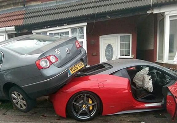 Driver Hired £200,000 Ferrari For Wedding Then Smashed It Into House UNILAD ferrari crash WEB8