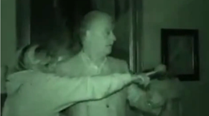 UNILAD hAs4DISXYTl Has Derek Acorah FINALLY Got Proof Of A Ghost On Camera?