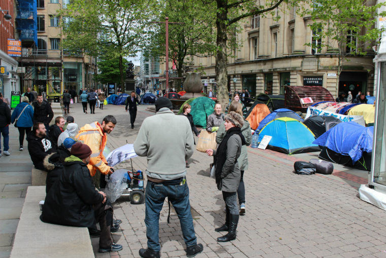 UNILAD sKfHbQj Manchester Ban Homeless People From Sleeping In Tents