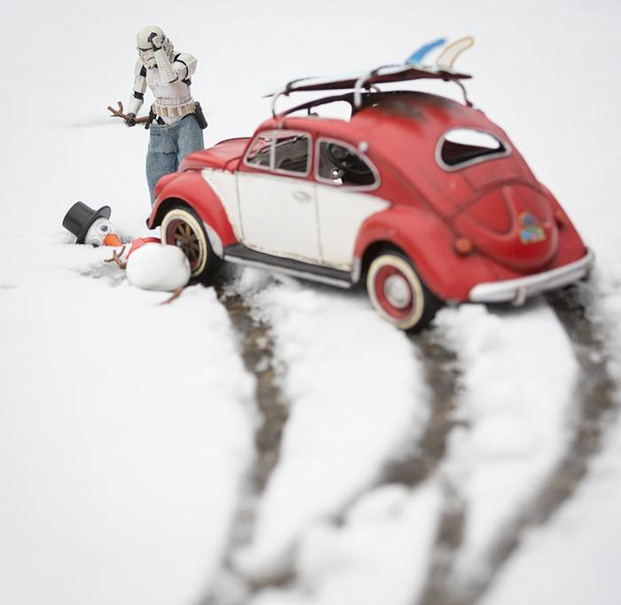 UNILAD snowman5 Awesome Photos Imagine What Stormtroopers Get Up To On Their Days Off