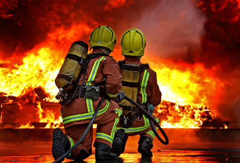 Figures Reveal Just How Many Lives Firefighters Have Saved, And How Many Of Them Have Died On Duty q0iwRZ7mo1.jpg