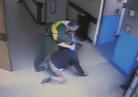 Screen Shot 2015 09 30 at 01.04.16 Paramedic Sacked For Man Handling Agressive Drunk At Hospital A And E