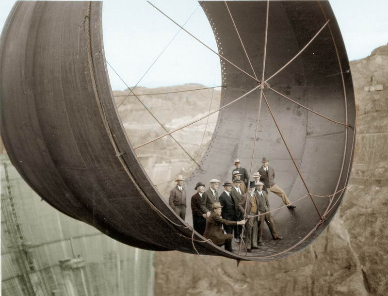 UNILAD colour photos 44 Some Of Historys Most Iconic Photos Have Been Transformed From Black And White To Colour