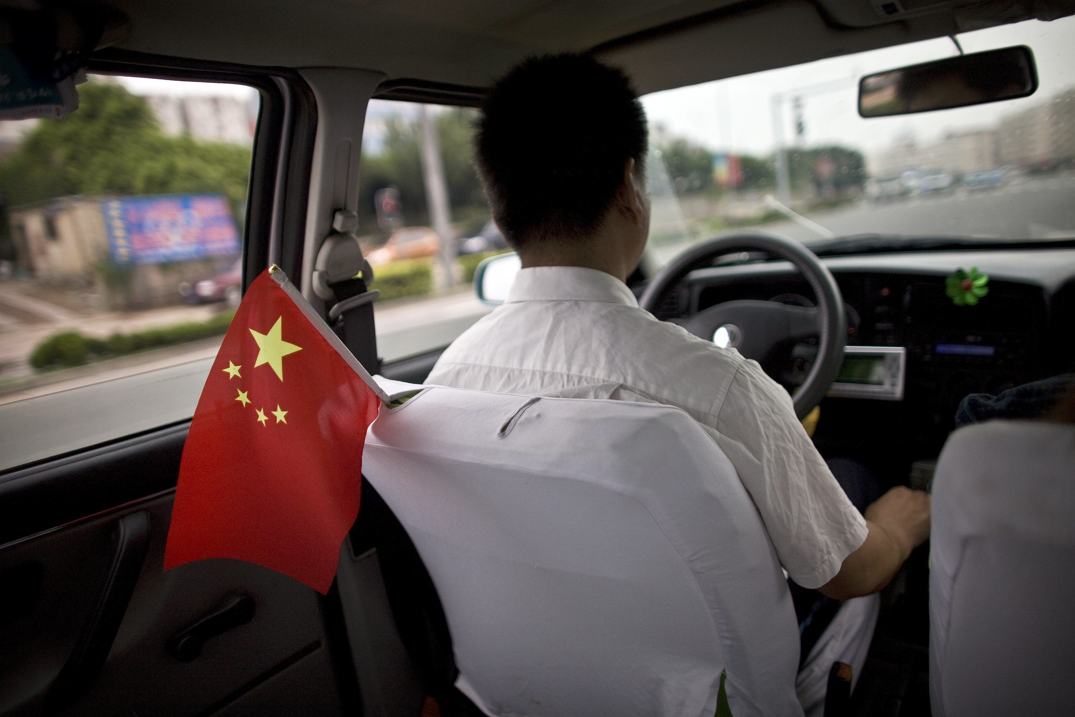 UNILAD drivers china 47 The Insane Reason Chinese Drivers Are Intentionally Killing People They Hit