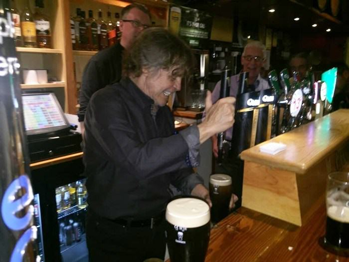 UNILAD mham4 Luke Skywalker Has Been Pulling Pints In A Pub In Ireland