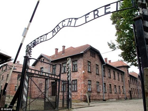 German Woman, 91, Charged With 260,000 Counts Of Accessory To Murder auschwitz2