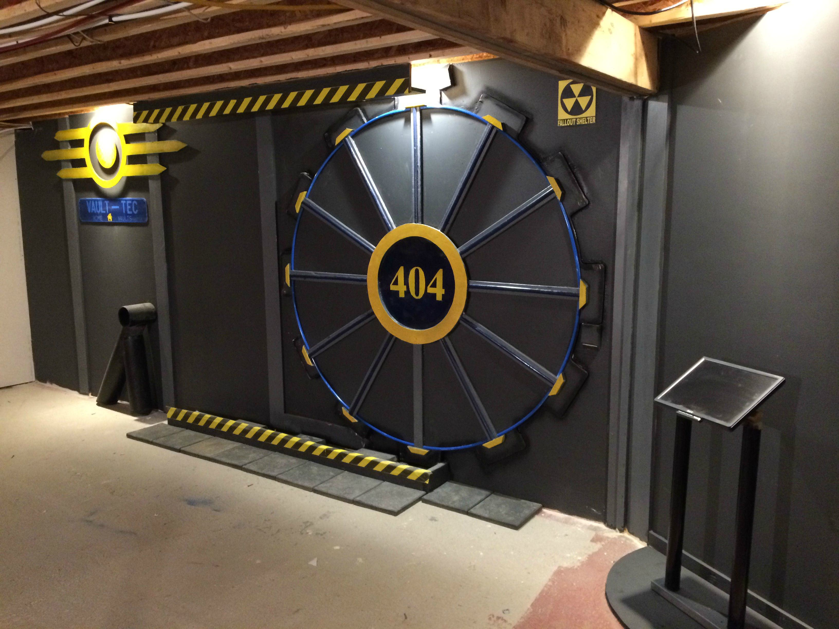 UNILAD U8y3NQo5 This Guy Built A Fallout Vault Door For His Basement Gaming Room