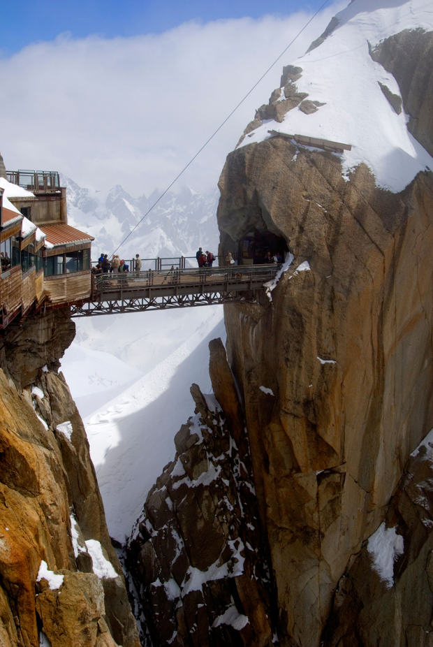 Here Are Ten Of The Most Ridiculous Bridges From Around The World UNILAD alps99484