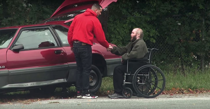 UNILAD incredible guy header5 When This Guys Car Broke Down, Man Who Stopped To Help Had Incredible Story